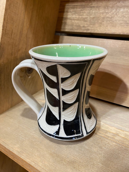 Hourglass Vine Mug (Green)