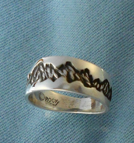 Mountain Ring - Sterling Silver