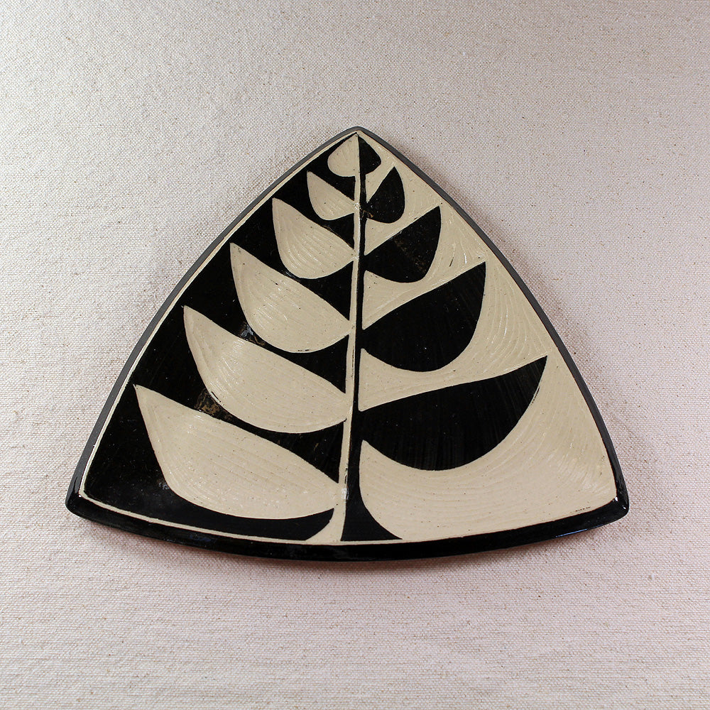 Triangular Tray Vine Pattern