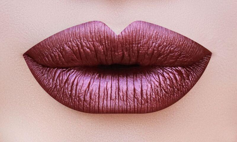 BEAUTY CREATIONS METALLIC LONGWEAR MATTE LIP GLOSS
