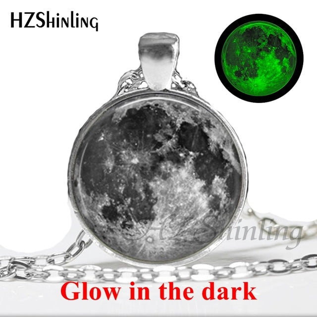 2017 New Arrival Glowing Jewelry Full Moon Necklace Handmade Glass Dome Lunar Eclipse Necklace Glow in the dark Pendant Jewelry