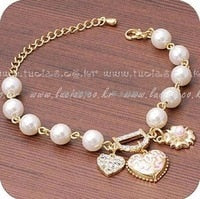 Min.order is $10 (mix order) Free Shipping Fashion Jewelry Bohenmia Heart&D with Floral imitation Pearl Bracelets Bangles B38