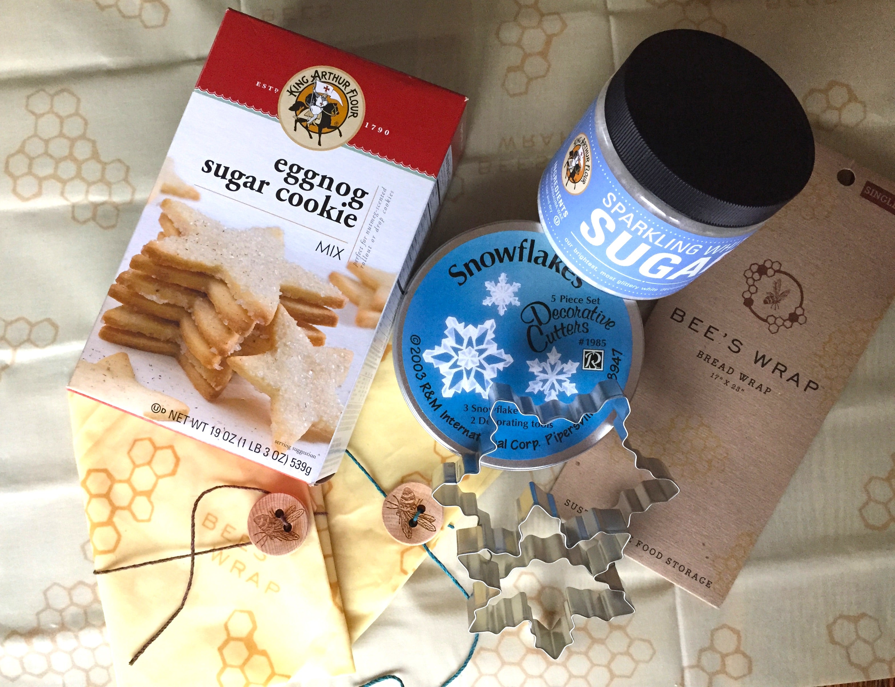 Holiday Giveaway Bee's Wrap & King Arthur Flour