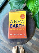 Load image into Gallery viewer, A NEW EARTH- Eckhart Tolle
