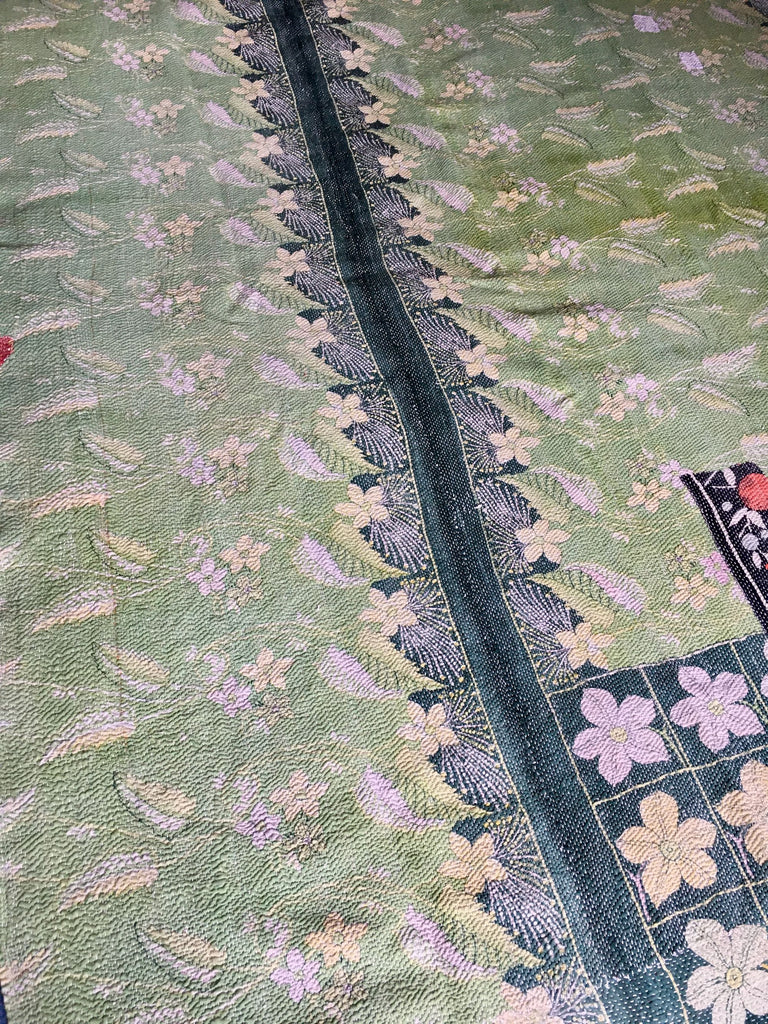 reversible vintage indian kantha quilt throw bedcover bedspread cotton pale green flowers