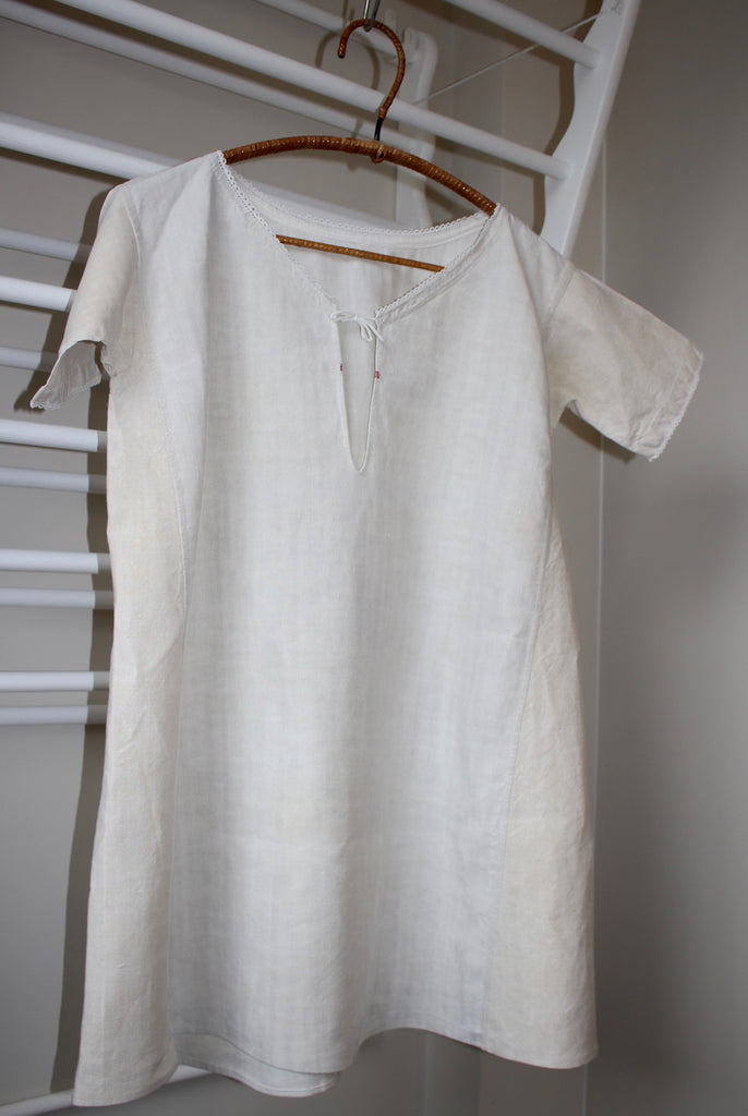Antique French linen chemise - French nightshirt