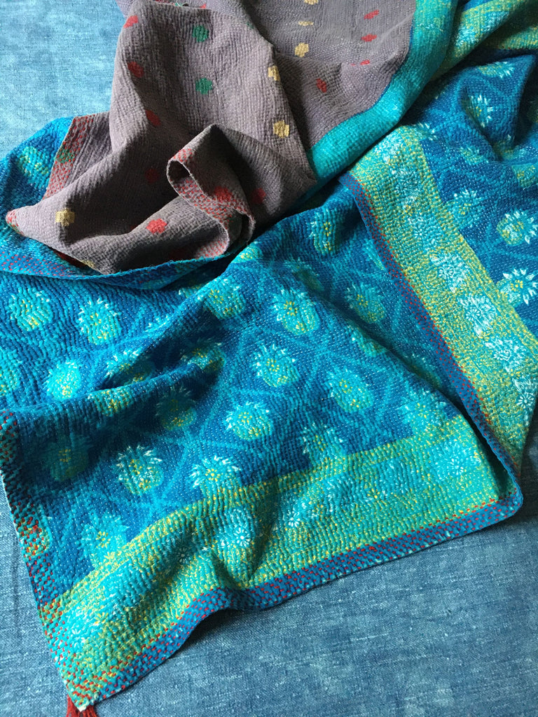 lightweight reversible kantha throw quilt bedspread doona comforter turquoise blue and jade green