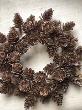 Load image into Gallery viewer, Mini Cone Pine Wreath