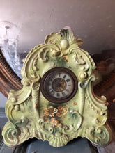 Load image into Gallery viewer, Victorian Mantle Clock