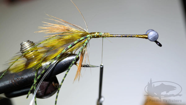 Step 9:  Tying Bennett's Mega Craw Crayfish Bass Fly