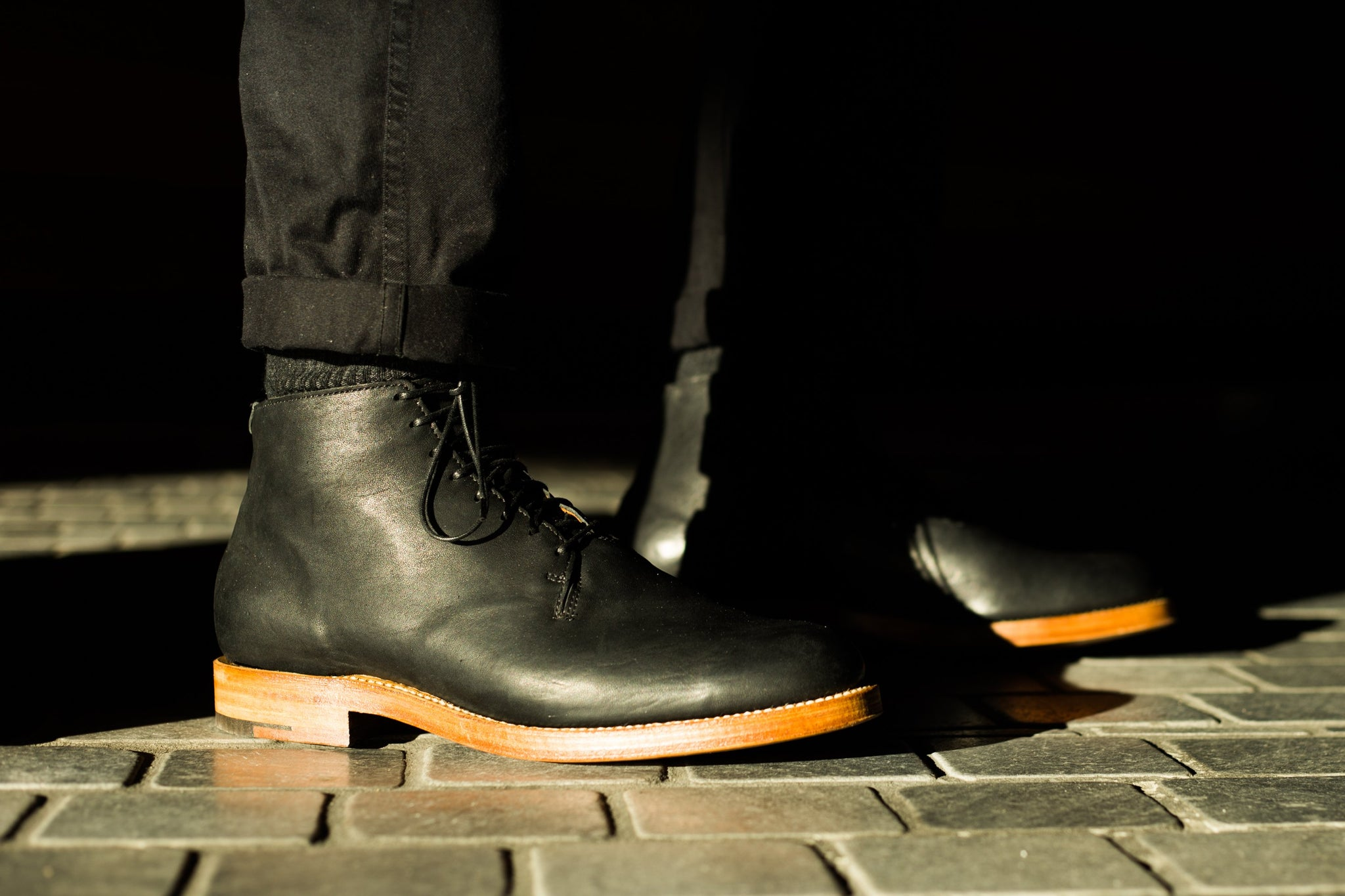 Wholecut Boot Black Washed Horsehide