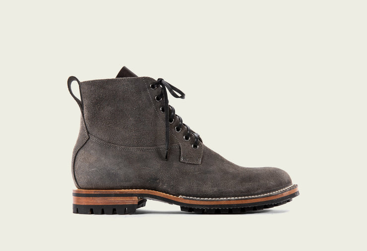 Country Boot - Anthracite Waxed Roughout