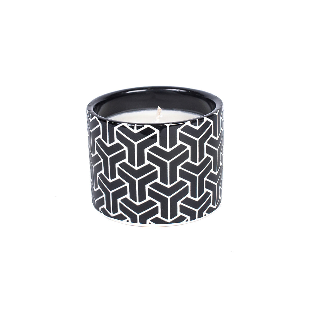 Bois et Cuir's Black Geometric Candle - Midsummer Nights
