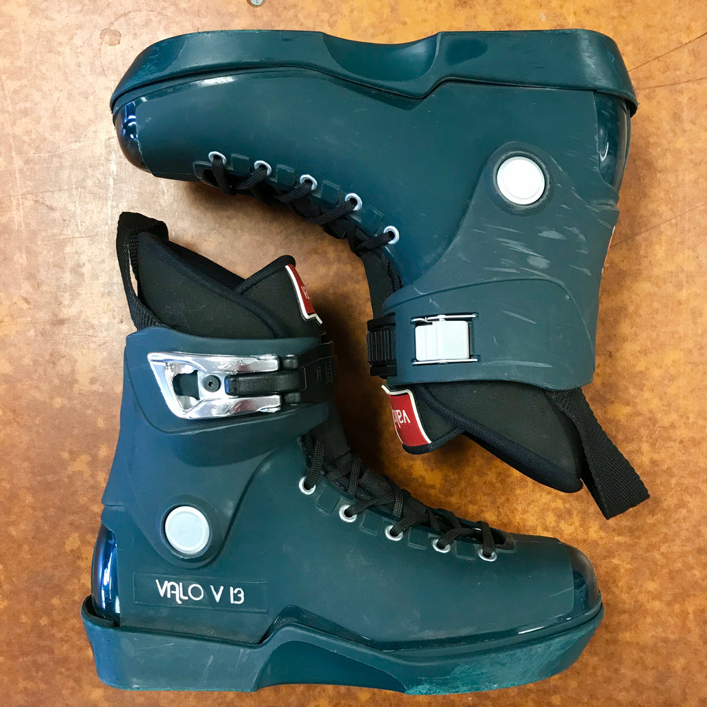 USED Valo V13 Forest Green skates