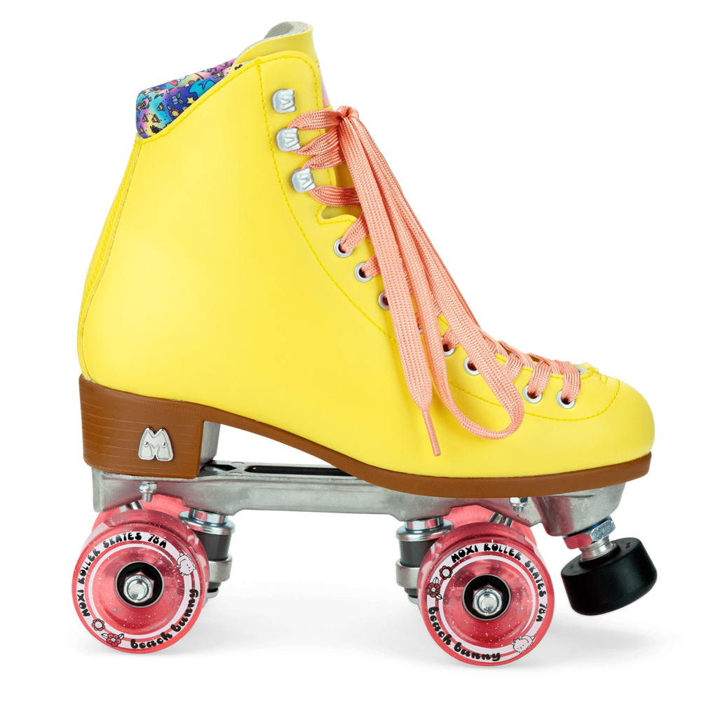 Moxi Beach Bunny Strawberry Lemonade roller skates