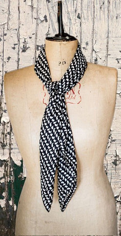Glen Prince Square Scarf Rabbits - Knot Only