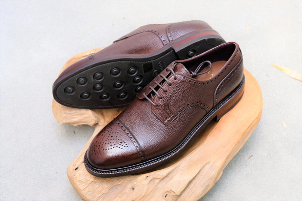Carmina Shoemaker Semi Brogue Derby (Alt Wien) in Brown Scotch Grain