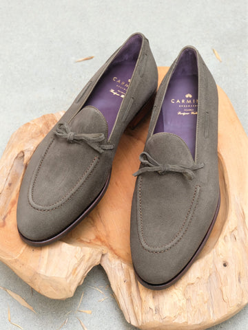 Carmina Shoemaker String Loafer in Loden Suede