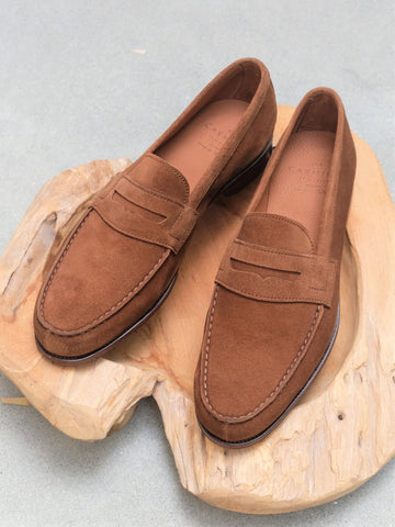 Carmina Shoemaker Unlined Split Toe Penny Loafer in Snuff Suede
