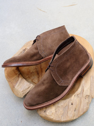 Alden Unlined Chukka in Brown Suede