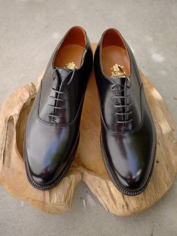 Alden Plain Toe Balmoral Oxford in Black Calf