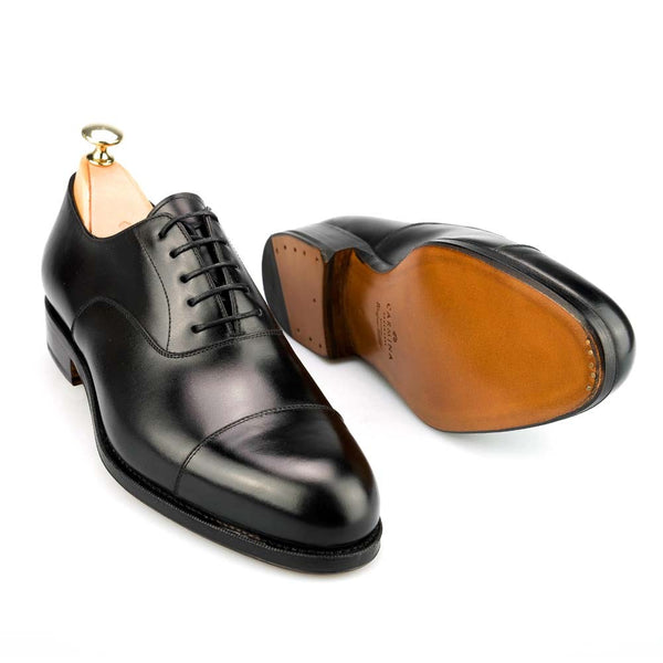 Carmina Shoemaker Captoe Oxford in Black Calf (Forest Last)