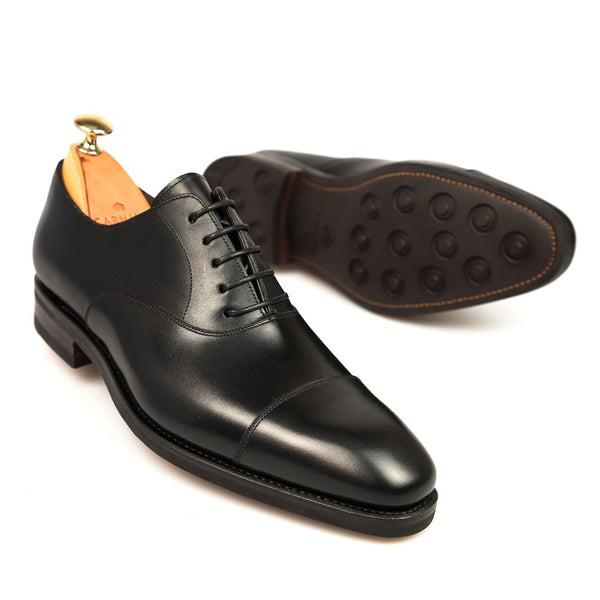 Carmina Shoemaker Captoe Oxford in Black Calf (Dainite Sole)