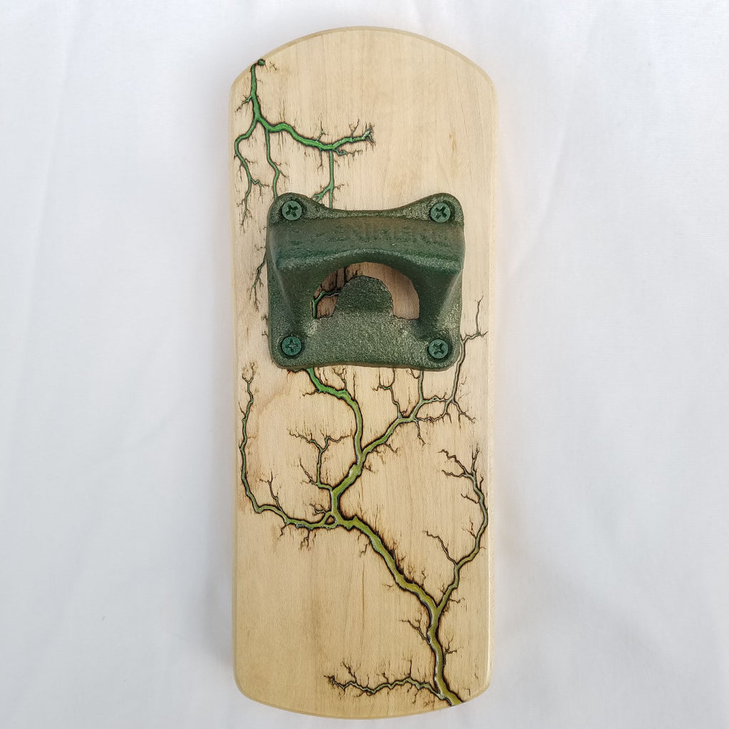 Fridge-mounted Bottle opener (Maple - Green-Yellow Gradient)