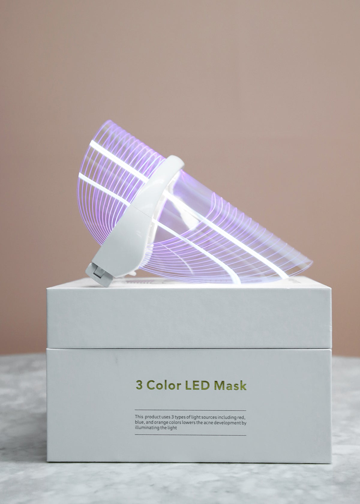 The SOL Light Therapy Mask blue LED light attacks acne-causing bacteria, helping to prevent and and heal breakouts as they occur.