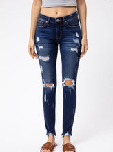 Load image into Gallery viewer, Kan Can- Emma Distressed Skinny Jeans