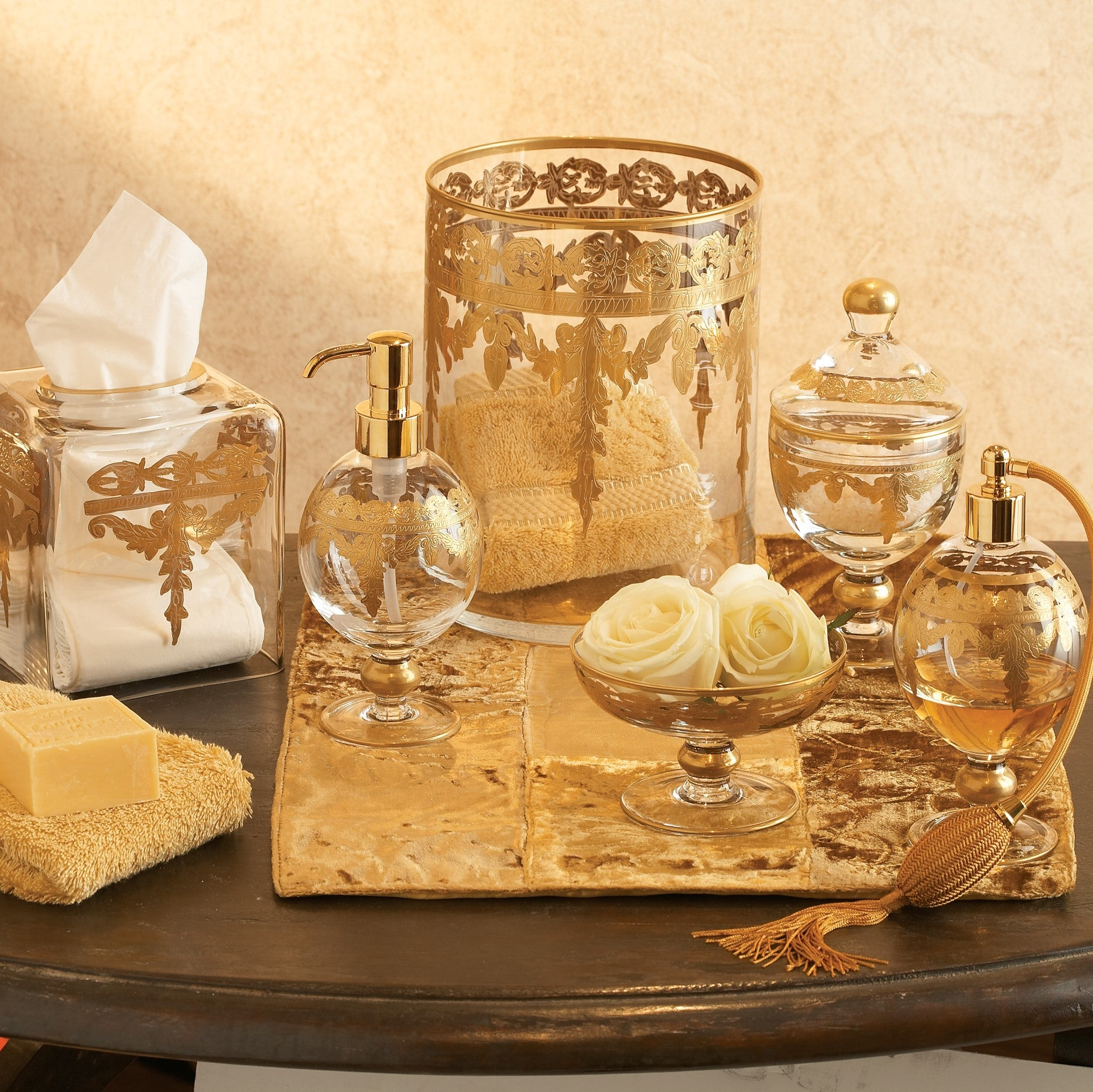 Baroque Gold Bath