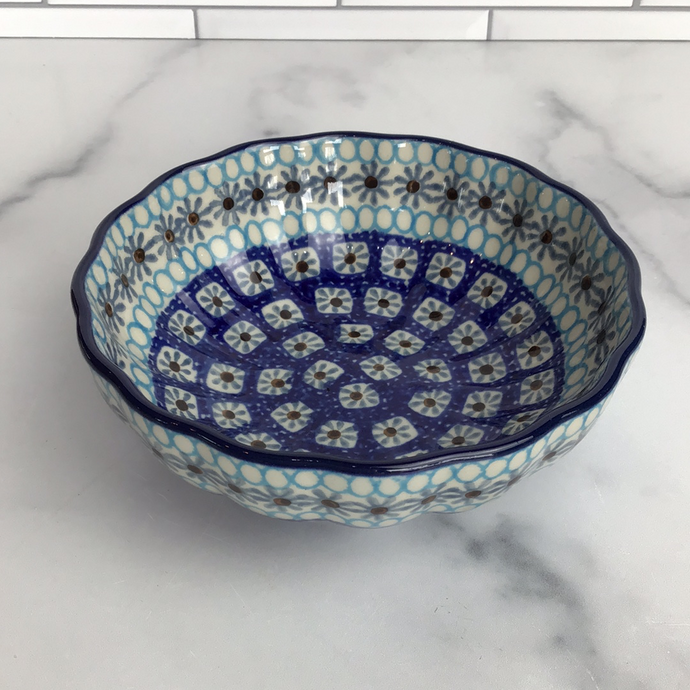 Frozen Scalloped Bowl 4