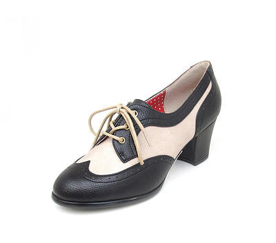 REMMY Black/Cream Oxford Style Heels