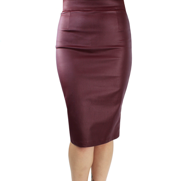 Fitted Faux Leather Pencil Skirt in Burgundy