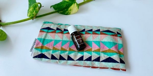 How to re-scent a lavender eye pillow