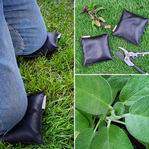 wipeable vinyl knee cushions to prevent sore knees in the garden