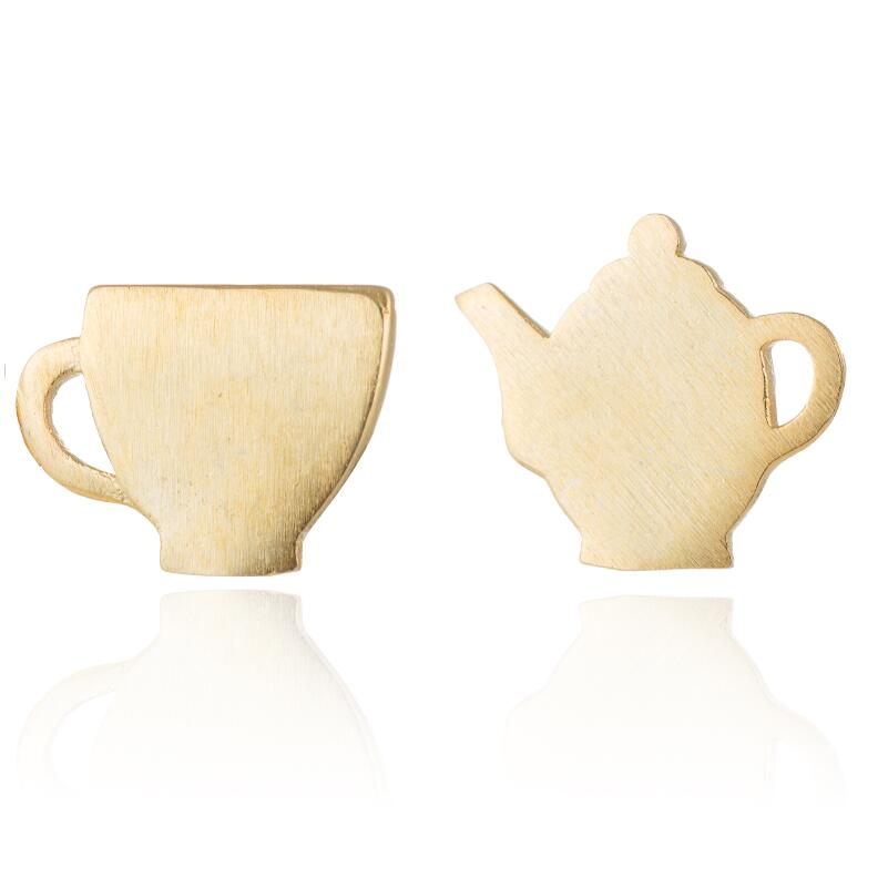 Tea Pot Tea Cup // Studs (Gold)