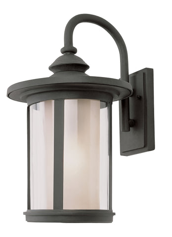 "40042 BK Tea Chimney Stack 19"" Wall Lantern"