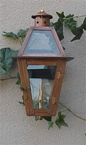"Beaumont Model Gaslight GL18 w/ Wall Mount 18"" x 10"""