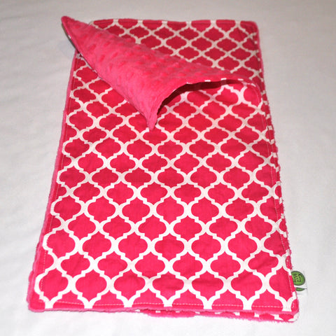 Pink Quatrefoil Lattice Burp Cloths