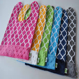 Quatrefoil Lattice Print Bib Collection