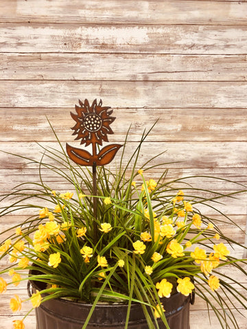 SUNFLOWER WITH STEM RUSTED GARDEN PLANT STAKE