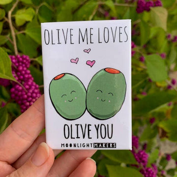 OLIVE ME LOVES OLIVE YOU FUNNY MAGNET