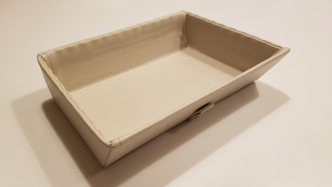 Synthetic leather tray - cream