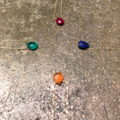 Necklace Drop by Globo - Gold Plated chain and semi precious stone