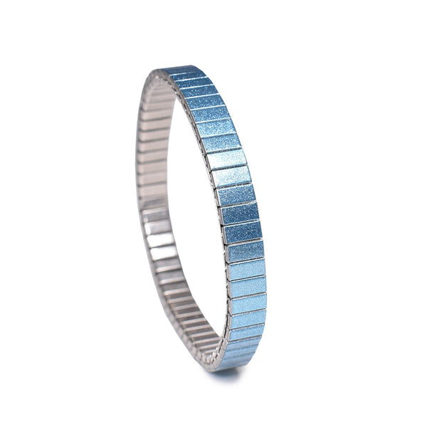 Light Sapphire - Simplicities 6mm Ultra Slim© 2020, banded berlin
