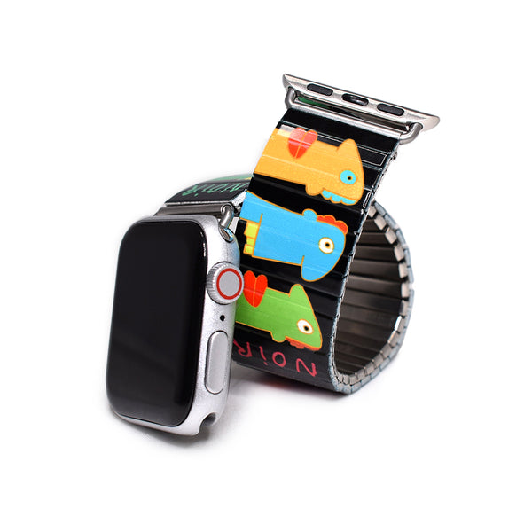 Faces Noir Applewatch Banded by Thierry Noir, the Original Berlin wall street artist. The Colors of this design pop off your wrist like some kine of neon Picasso dream. Part of the Banded Berlin artist series. Limited edition  Stainless steel, nickle free, scratch and watch proof. Apple Watch not included.   Rostfreier Stahl, nickelfrei, kratz- und wasserfest. Compatible with all Apple Watch series 1 through 5.  Applewatch not included.  © 2020, banded berlin.
