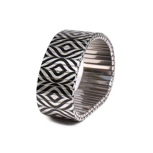 Gestalt Noir Metallic 23mm by Banded berlin bracelets - hand made in Berlin, Germany
