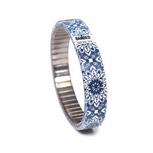 Lade das Bild in den Galerie-Viewer, Gaudi's Footsteps - La Flor Azul Slim by Banded Berlin Bracelets Spring 2020 collection