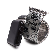 Lade das Bild in den Galerie-Viewer, Banded Berlin's silver Pedals Applewatch © 2020, banded berlin